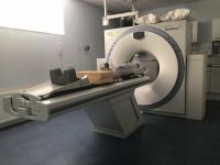 MRI / CT